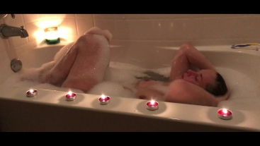 Teen Catherine Grey Takes A Bubble bath