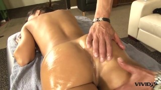 Stunning Milf Lisa Ann has a taste for Latin meat Cowgirl fuck