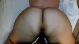 BIG ASS PAWG THROWING IT BACK