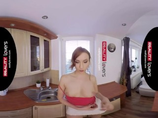 RealityLovers - Redhead in good Bang for a Buck