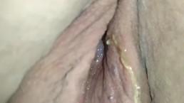 Girlfriends pussy is leaking