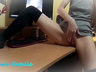 Squirting orgasm on step brothers cock - Laura Fatalle