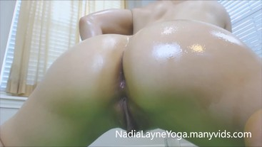 Sexy Oil Yoga Session