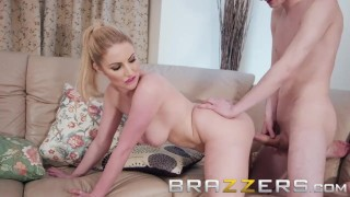 Brazzers - Yoga milf Georgie Lyall loves younger cock