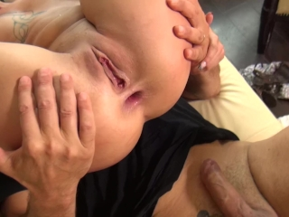 Hard Anal Fuck threesome thw sluts with my step-dad