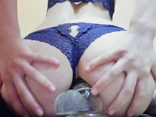 Preview 1 of The girl has herself in anal