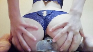 The girl has herself in anal Blowjob head