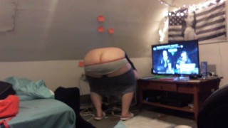 fat white girl - buttcrack, panties, pussy flash, crotchless panties