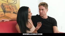 Смотреть порно сын с папой ебут маму