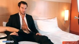 Male masturbator to str8 salesman serviced in spite of him!