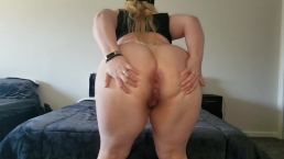 Pawg Stripping and Showing off her Ass