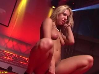 public anal dildo show with flexible babe Nikki Thorne
