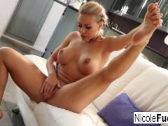 Sexy Hard Body Nicole Aniston makes herself wet for us