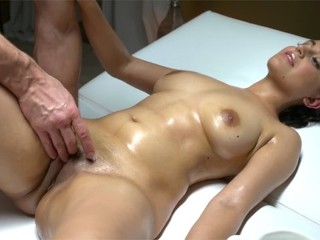 Mom Pussy Rides Large Dildo Solo Sexy Afghan - British babe fucked on massage table