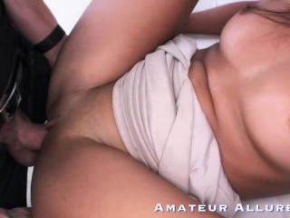 Amateur Allure Vienna Black, Naughty Waitress Blowjob, Fucks & Cum Swallow