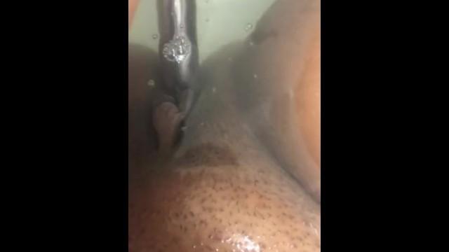 Sexy bathtime Sexy bathtime