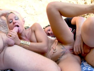4k Petite Big Tit Blonde Gets Rough Double Penetration