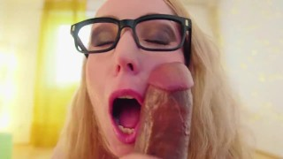 Gjermane Amator Masturbates dhe sucks dick