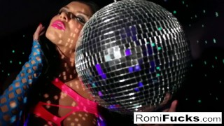Stuffing romi pussy her disco with toying ball a plays before milf tits