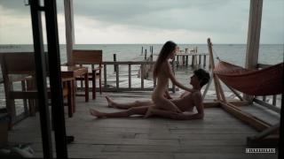 Baise sur le Ponton   The Sex Diaries 02