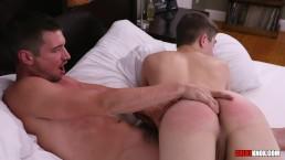 Colby Chambers fucks bubble butt twinl Eli Lincoln