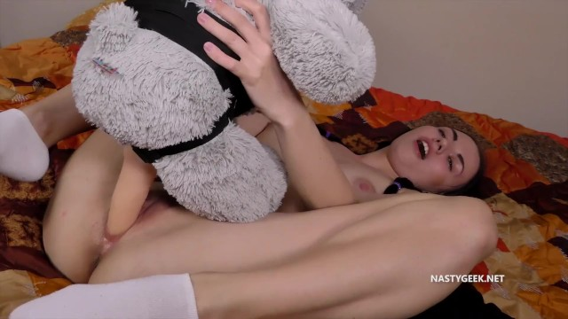 Teddy bear strap on fuck girls fucking