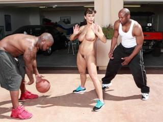 BANGBROS - Interracial Love and Basketball With Big Tits MILF Lisa Ann