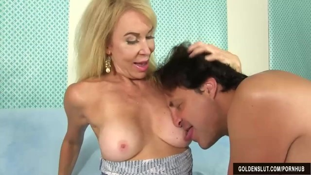 Free long grandma fuck movies Blonde grandma erica lauren takes a long dick in her cakehole and cunt
