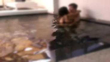 CummingCouple4u - Thai wife wants English cock in the pool