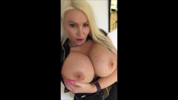 Showing off my big tits and big round ass feeling horny