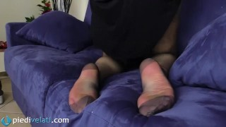 In black reinforced brunette feet pantyhose toes rht toes