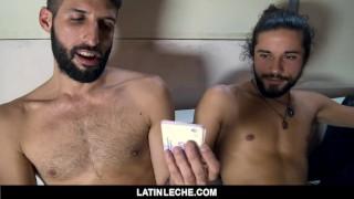 Filme de sexo grátis - Latinleche - O Twink Latino Se Acostuma