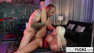 Big boobed Lolly gets a good pounding at the night club Wife blowjob