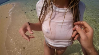 Petite blonde with big ass fucks on the beach! Amateur LeoLulu Sister kapri