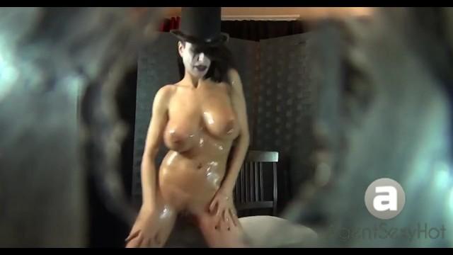 lil-peep haunt-u music-video creative sweetshae sexy beautiful bw virgin ca