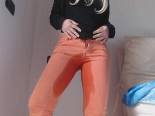 Pee in my orange jeans