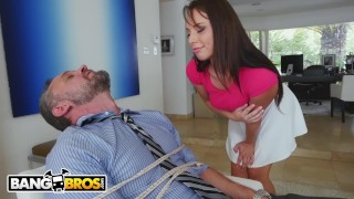 BANGBROS - PAWG Step Daughter Aidra Fox Takes Control Of Daddy Man blowjob