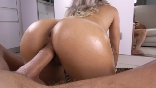 Teen Sloppy Blowjob and Bubble Butt Fuck POV Curvy public