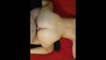 Fat ass white girl pounded by long dick