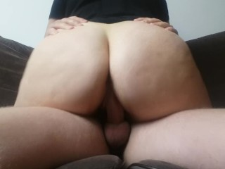 BIG BOOTY RIDES COCK ON SOFA