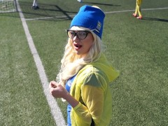 Hot Football Cheerleader Loves Ice Cream and Fuck in The Ass