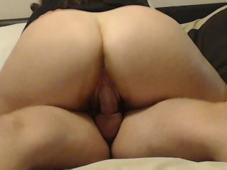 Big Booty makes boyfriend cum