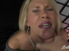 Erotic Nikki - Throwback - Mom Gets Facial From Her Daughter