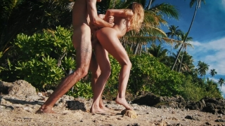 Quickie in Paradise! It was way too hot to fuck! - Amateur Couple LeoLulu Cock maya