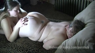 Iowa cornfed lesbians dumpy big