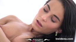 Lexidona - In White - Fit Body