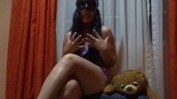 Chica pornhuber relata su primera experiencia squirt agatha dolly español
