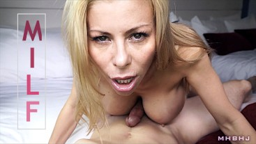 Insatiable MILF craves hard cock!