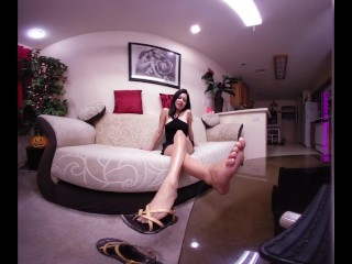 3D VR – Princess Maria Teasing Sandal Dangle – 4K ULTRA HD