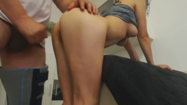 Cumshot on my wife ass. Big load Amateure couple.